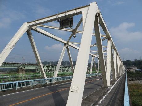 大正橋側道橋架け替えで