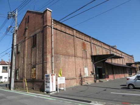 旧安田銀行担保倉庫で前橋の豊かな文化や糸の町の歴史を振り返る