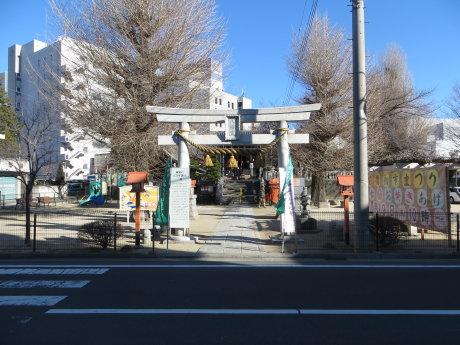 古だるまお焚きあげ会場の前橋八幡宮