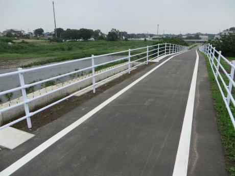 井野川の橋の工事は
