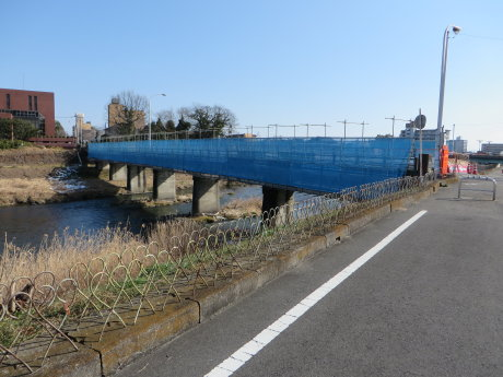 栄橋は歩行者通れます