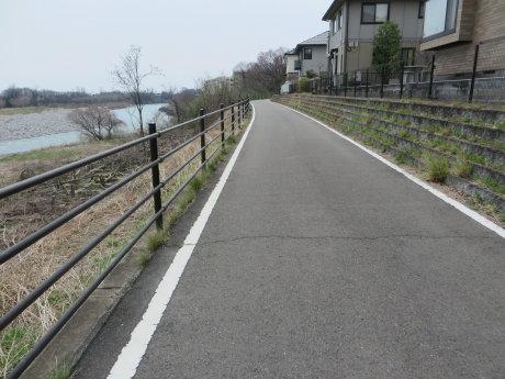 ららん藤岡までサイクリング