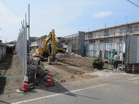 県営住宅の解体工事