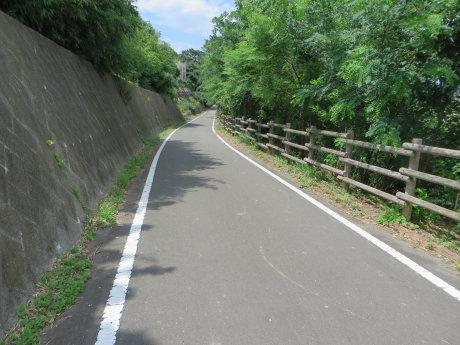利根川サイクリングロードを走って道の駅よしおか温泉まで