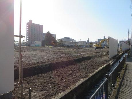 桃井小学校の建設工事
