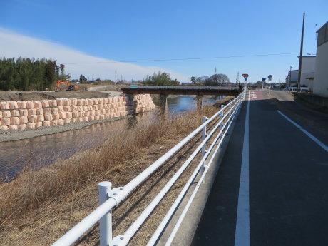 下滝橋は架け替え工事中・・・