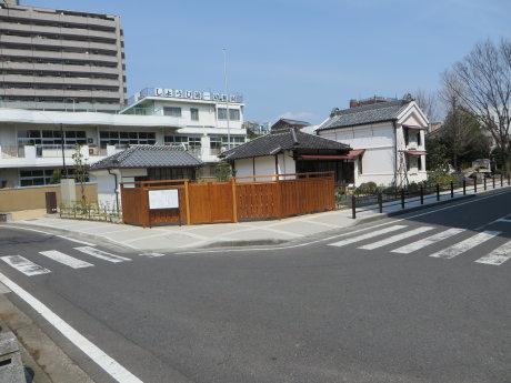 萩原朔太郎記念館の移築工事もほぼ終わったようで