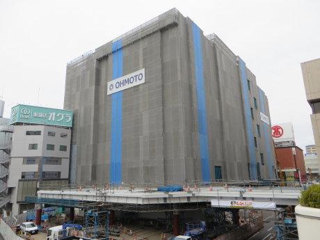 高崎駅西口のペデストリアンデッキ工事