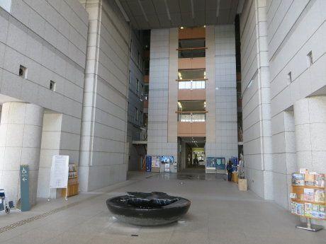 群馬県庁舎の天井耐震化工事