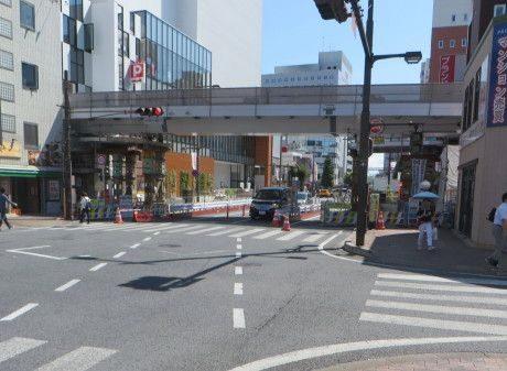 東二条通りの歩道橋工事