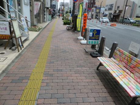 上野三碑のマンホール