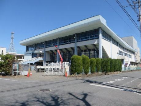 高崎中央体育館は、まだ