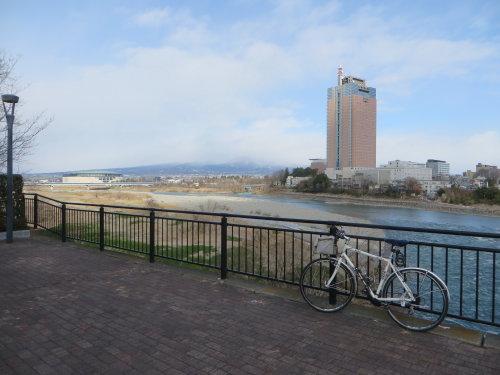 利根川サイクリングロードを通行止めのことろまで