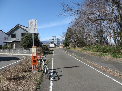 利根川サイクリングロード、まだ通行止め