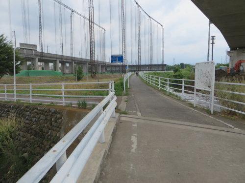 早瀬川サイクリングロード