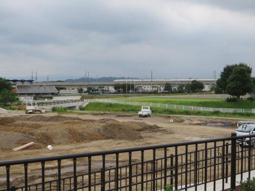 浜川運動公園の人道橋は、まだ